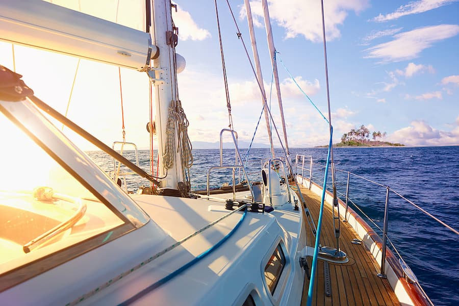 ¿Cómo preparar tu barco para un huracán?