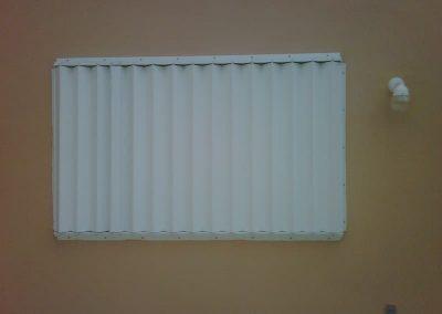 cortinas-anticiclonicas-tipo-acordeon-de-aluminio-5